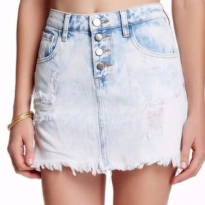 Ashley Mason Acid Wash Mini Skirt sz 25 ✨